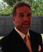 Kevin J DeVos